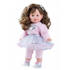 Tina baba divatos ruhában,barna hajú
